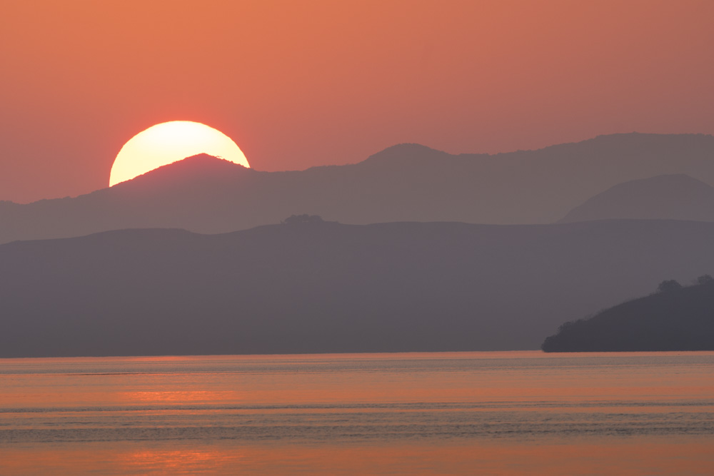 sunset Komodo Flores
